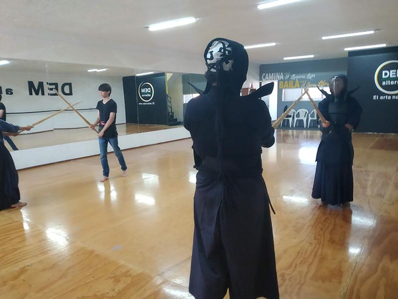 kendo_iaido_jodo_kenjutsu_katana_japon_samurai_arte_marcial_esgrima_japones_espada_katana_guadalajara_gdl_jalisco_mexico_jodo_kendo_guadalajara_iaido_guadalajara_jodo_guadalajara_kendo_jalisco-1